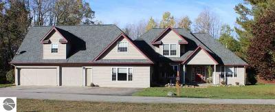 West Branch Single Family Home For Sale: 1648 S Cheyenne Lane