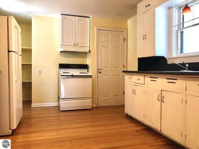 Traverse City Single Family Home For Sale: 629 W Eighth Street
