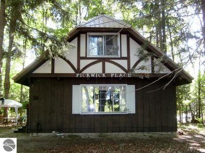Single Family Home For Sale: 1538 NE Crawford Lake Road
