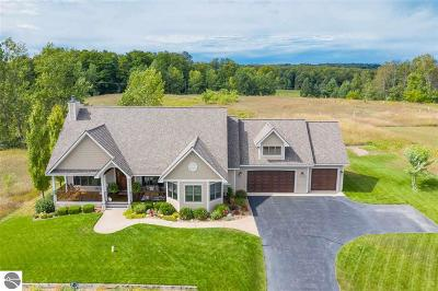 Leelanau County Single Family Home For Sale: 7096 S Cedarview Lane