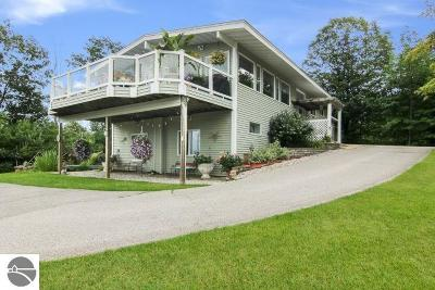 Traverse City Single Family Home For Sale: 2324 Five Mile Road