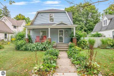 Traverse City Single Family Home For Sale: 610 W Tenth Street