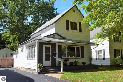 Traverse City Single Family Home New: 204 S Spruce