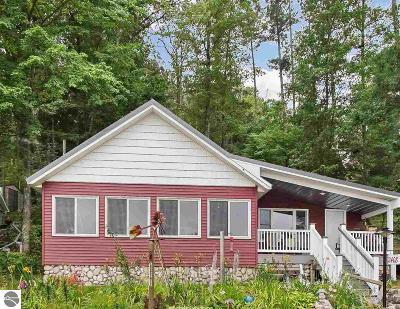 Traverse City Single Family Home New: 2408 Pinehurst Trail