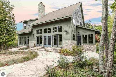 Single Family Home For Sale: 7 & 8 Millside