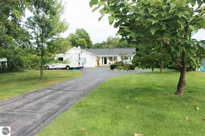 Traverse City Single Family Home For Sale: 310 Boughey Street