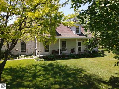 Kalkaska County Single Family Home For Sale: 4821 NW Wilhelm Road