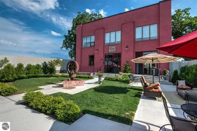 Single Family Home For Sale: 425 Boardman Avenue