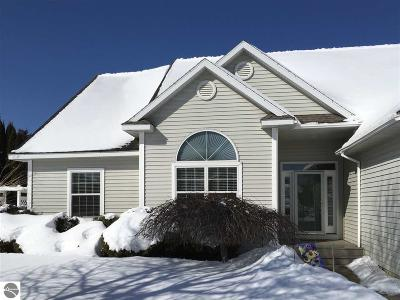 Traverse City Single Family Home New: 3824 Stoneridge Drive