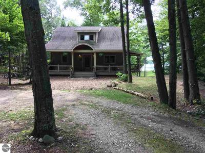 Charlevoix County Single Family Home For Sale: 27250 Donegal Bay Road