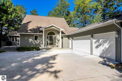 Single Family Home For Sale: 357 N Golden Beach Drive