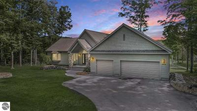 Cedar River Village, Chief Golf Cottages, Chief Golf Course, Cortina, Crosswinds, Crosswinds Condo, Eagles Nest, East Pointe, Eastpointe, Golf Meadows, Golf Meadows Condo-Shanty Crk, Golf Meadows Condominium, Greenside, Grindelhaus, Grindelhaus At Schuss Mt, Hawk's Eye, Hawk's Eye Clubhouse, Hawk's Eye Gc Condo, Hawk's Eye Golf Club, Hawk's Eye Golf Condominium, Hawks Eye, Hawks Eye Country Club, Hawks Eye Golf, Hawks Eye Golf Club, Hawks Eye Golf Club Condo, Hawks Eye Golf Community, Hawks Eye Golf Course, Hawkseye Golf Club, Klaffendorf, Legend, Legend Cottages Condominium, Near Chief Golf Course, North Grindel Haus, North Grindlehaus, North Heideldorf, North Schuss Village, Obervalden/Schuss Mountain, Pinebrook Condominium, Pinebrook Ii Condo, Points West, Points West Ii, Ridges Iii, Ridgewalk, Sawtooth, Schuss Mountain, Schuss Mountain-Obervalden, Schuss Mtn Resort, Shanty Creek Bluffs, Shanty Creek Resort, Shanty Creek-Schuss Mtn, Slopeside Condominiums, Snowshoe, Spring Ridge, Spring Ridge Condominium, Sprng Ridge, Sudendorf 2, Summit, Summit Village, Swiss Village, Swiss Village East, Swiss Village East 2, The Chief Golf Course, The Legend, The Legend Condominium, The Northern, The Northern Condominium, Timber Ridge, Toy Box, Trappers, Trappers Lodge, Trappers Lodge - Slopeside, Trappers Lodge Condominium, Vista Del Verde, Westwind Condominium, Wind Ridge, Windy Hill, Bergrand, Boise De Golfe, Cortina, La Villa Arboreal, Le Villa, Le Villa Arboreal, Levilla, Levilla Arboreal, North Grindelhaus, Obervalden, Schuss Village, Shanty Creek Resort, Villa Monte Single Family Home Active U/C Taking Backups: 2014 Oakmont Drive