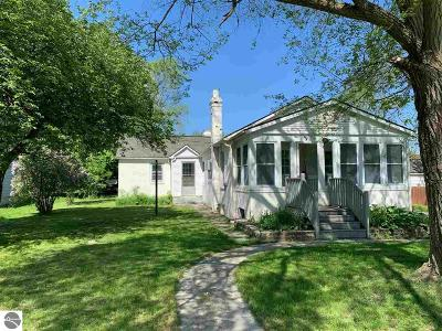 Elk Rapids Single Family Home For Sale: 109 Brand Street