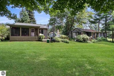 Central Lake Single Family Home For Sale: 711 N Intermediate Lake Road