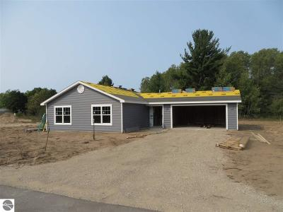 Grand Traverse County Single Family Home New: 4920 Meadow Lark Lane