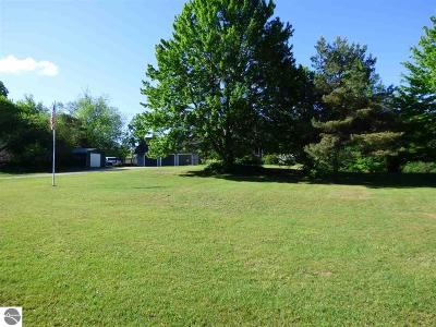 Antrim County Single Family Home For Sale: 10540 Lake Of The Woods