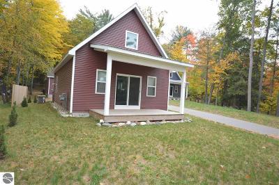 Single Family Home For Sale: 349 N Hobbs Highway