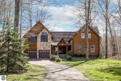 Single Family Home For Sale: 817 S Lake Leelanau Drive