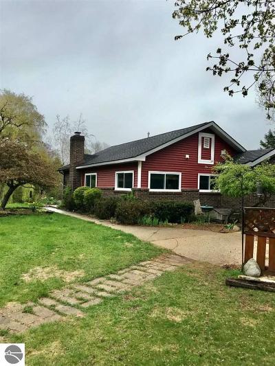 Single Family Home New: 7452 Gillett Road