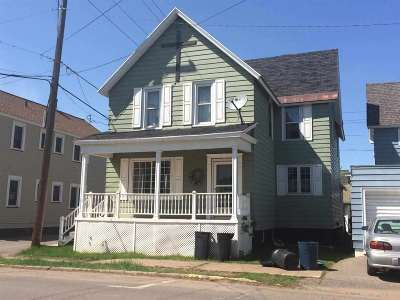 Ishpeming Single Family Home For Sale: 415 Cleveland Ave