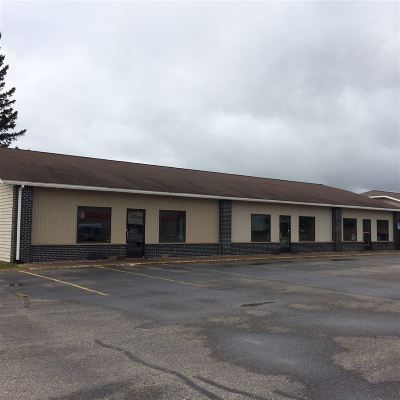 Ishpeming Commercial For Sale: 1045 Country Ln #Plaza #8