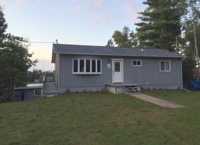 Ishpeming Single Family Home For Sale: 3420 S Helen Lake Rd