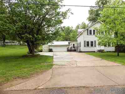 Marquette Single Family Home Pending w/Contingency: 2163 Huron