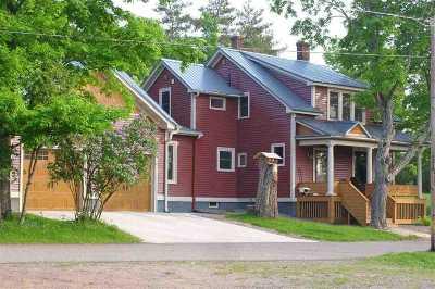 Ishpeming Single Family Home For Sale: 224 N Davis