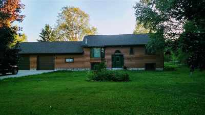 Munising Single Family Home For Sale: N7387 Miners Castle Rd