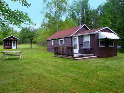 Marquette County Single Family Home For Sale: FN 13843 Co Rd Sg