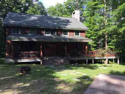 Alger County Single Family Home For Sale: N4408 W Sister Lake Rd