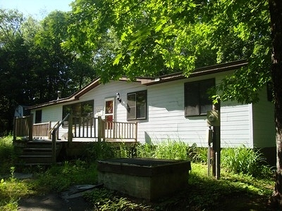 Munising Single Family Home For Sale: 7122 E Maple Grove