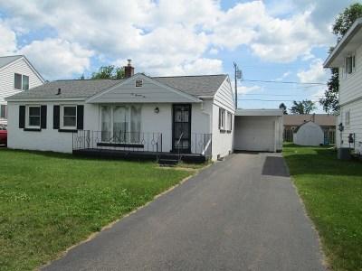 Ishpeming Single Family Home For Sale: 2002 Washington