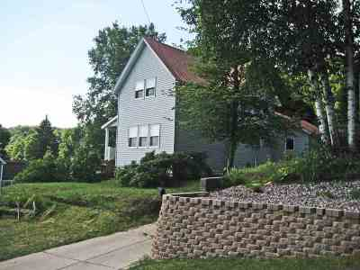 Munising Single Family Home Pending w/Contingency: 201 W Jewell
