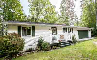 Alger County Single Family Home For Sale: N6354 Forest Lake Rd