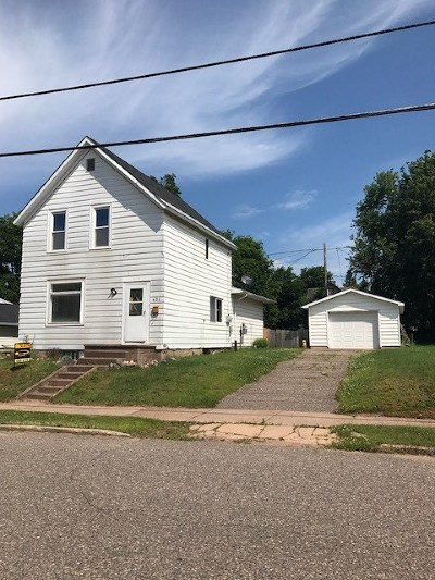 Ishpeming Single Family Home For Sale: 621 Maurice