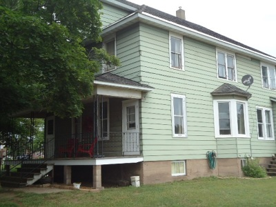 Negaunee Single Family Home Pending w/Contingency: 718 Baldwin