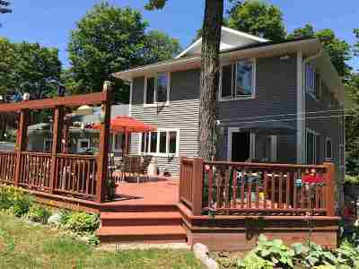 Munising Single Family Home For Sale: E9915 Old Indiantown Rd