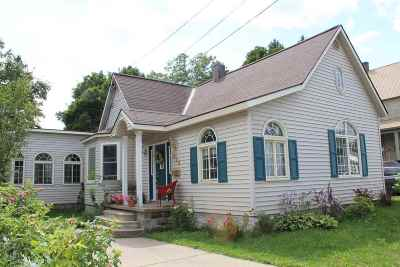 Marquette Single Family Home Pending w/Contingency: 323 Blemhuber