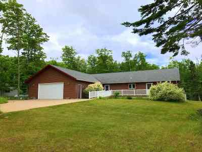 Marquette County Single Family Home For Sale: N 4359 Co Rd Kcb/Lighthouse Rd