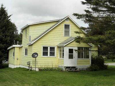 Munising Single Family Home For Sale: 807 E Prospect