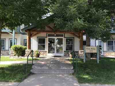 Marquette Single Family Home Pending w/Contingency: 1279 Lakeshore Park #3A