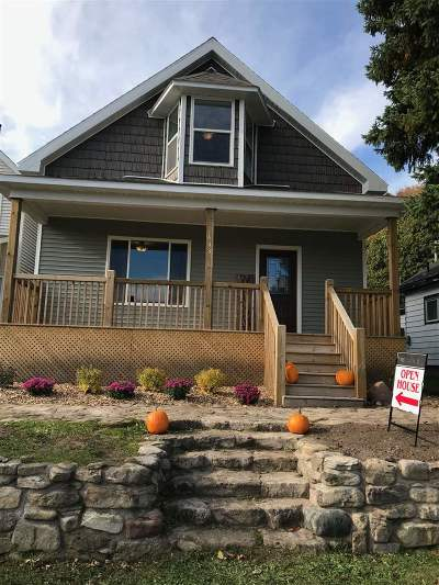 Munising Single Family Home For Sale: 613 W Superior