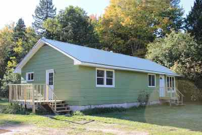 Marquette Single Family Home Pending w/Contingency: 5631 550 Rd