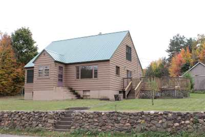 Ishpeming Single Family Home For Sale: 220 Ready St