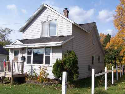 Negaunee Single Family Home Pending w/Contingency: 417 E Lincoln St