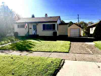 Ishpeming Single Family Home Pending w/Contingency: 730 Duncan Ave