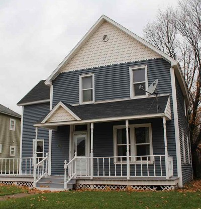 Negaunee Single Family Home For Sale: 411 Cherry St