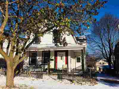 Marquette Single Family Home Price Change: 146 Fisher St