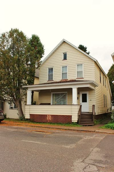 Ishpeming Single Family Home For Sale: 404 S Third St